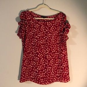 Banana republic red floral shirt sleeve top size L